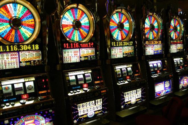 Интересный способ провести свободное время – поиграть в казино Вулкан Делюкс!