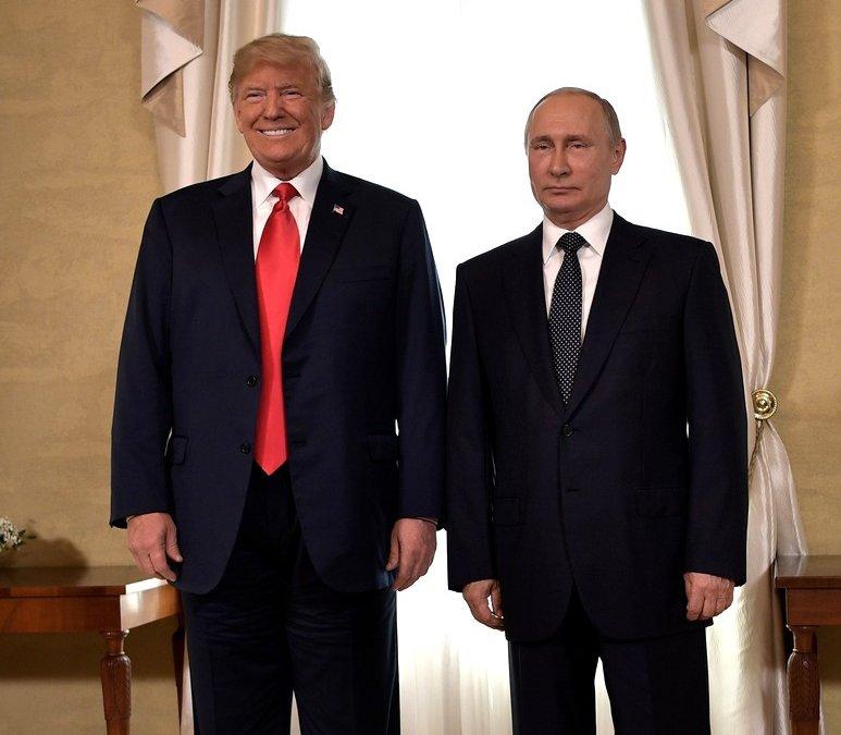"""Без """"большой сделки"""": что обсуждалось на встрече Трампа с Путиным"""