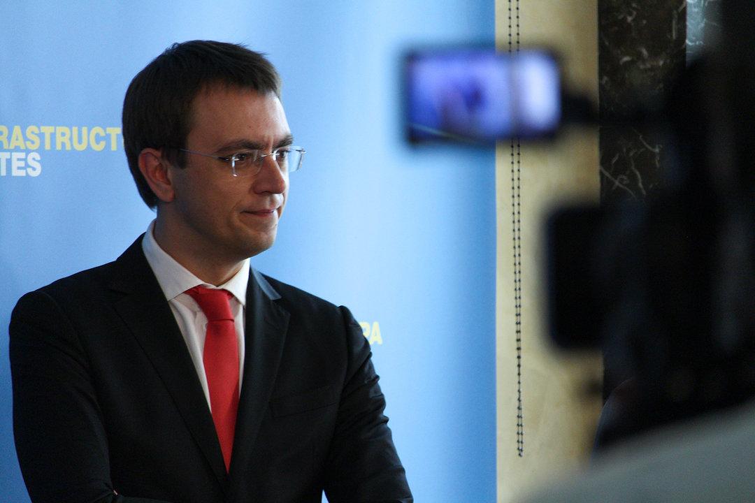 Омелян об обвинении КВСЗ в завышении цены на вагоны: это еще одна стадия торгов