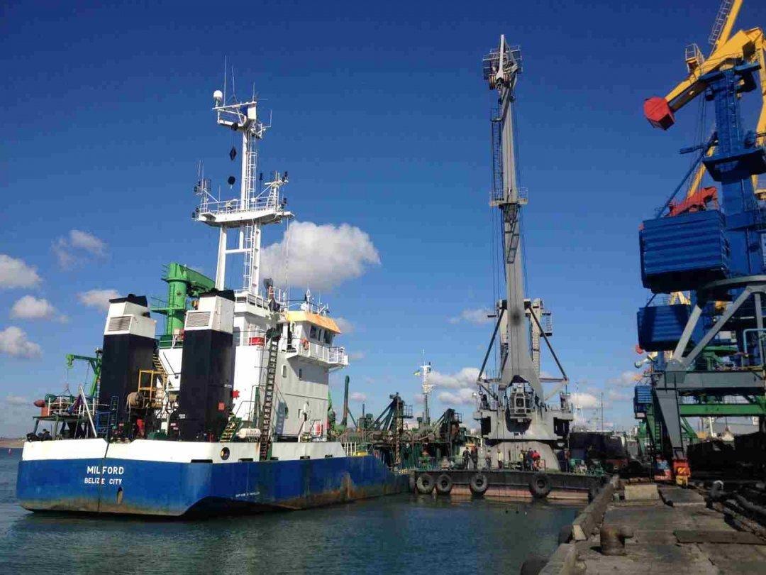 Суд признал недействительным договор по дноуглублению в двух портах на суму 712 млн грн