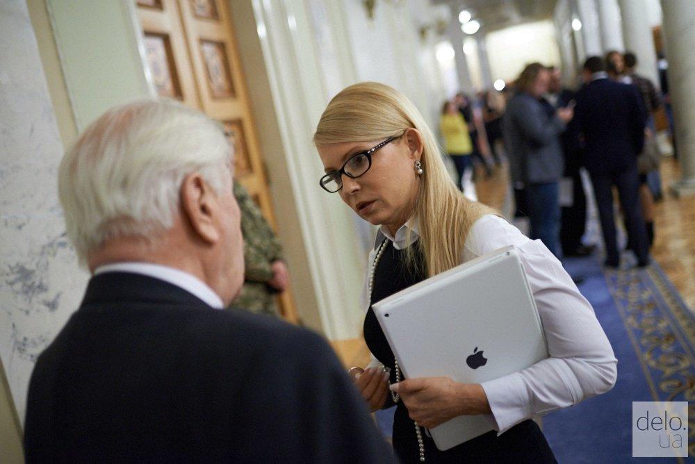 Тимошенко может встретиться во втором туре с Гриценко — соцопрос