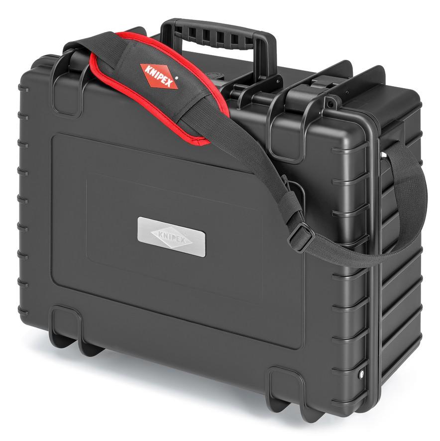 KNIPEX представляет инструментальные чемоданы Robust34 и Robust45 с фирменным оснащением для профессиональных электриков
