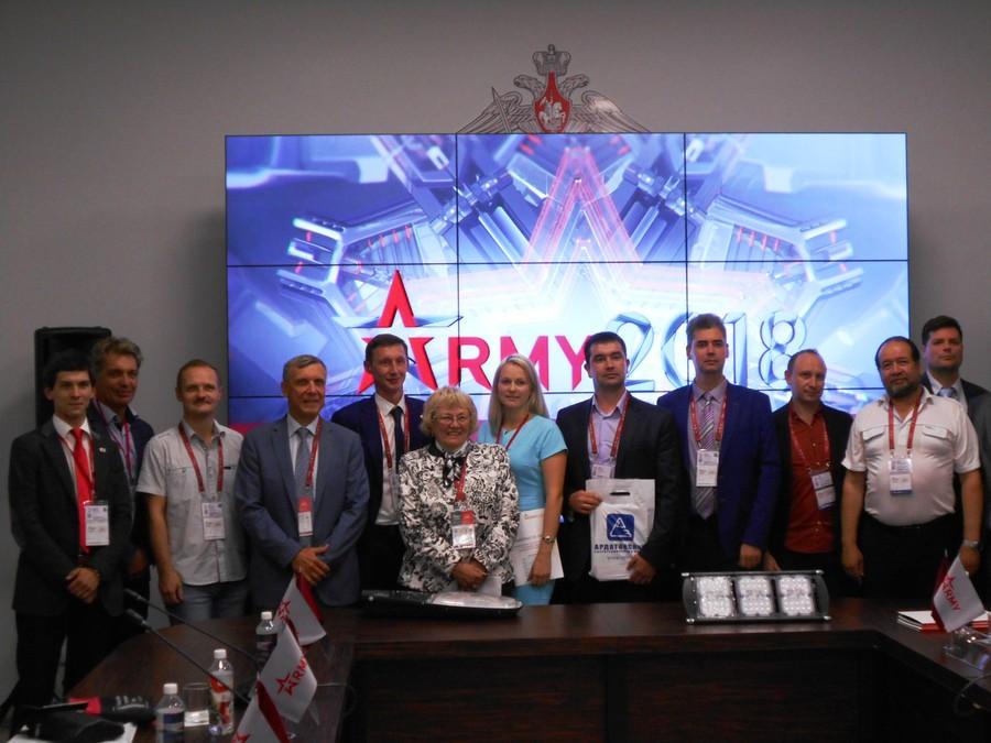 Инновационый салон по светотехнике для армии и ВПК прошел в КВЦ «Патриот»