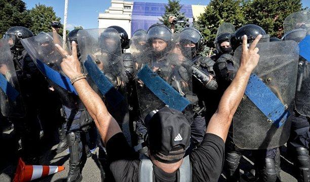 Генпрокуратура Румынии расследует действия полиции во время митинга в Бухаресте
