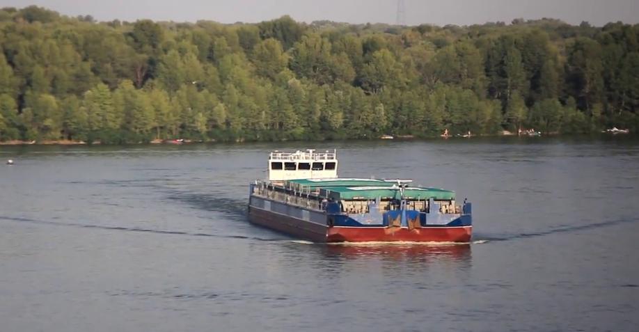 Российский танкер пытался незаконно выгрузить нефтепродукты в порту Херсона — ГФС