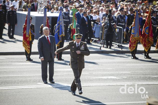 Военный парад к 27 Дню Независимости в фотографиях