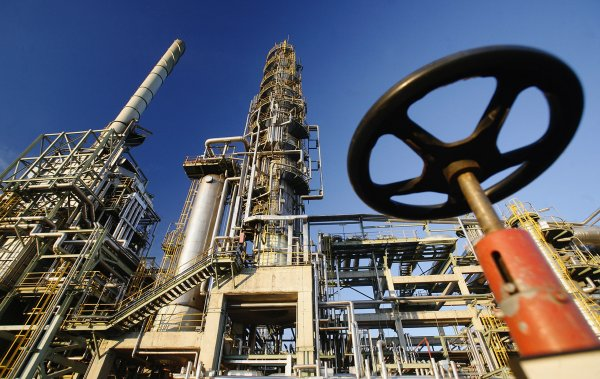 Компания ADNOC из ОАЭ инвестирует 45 миллиардов долларов в нефтепереработку