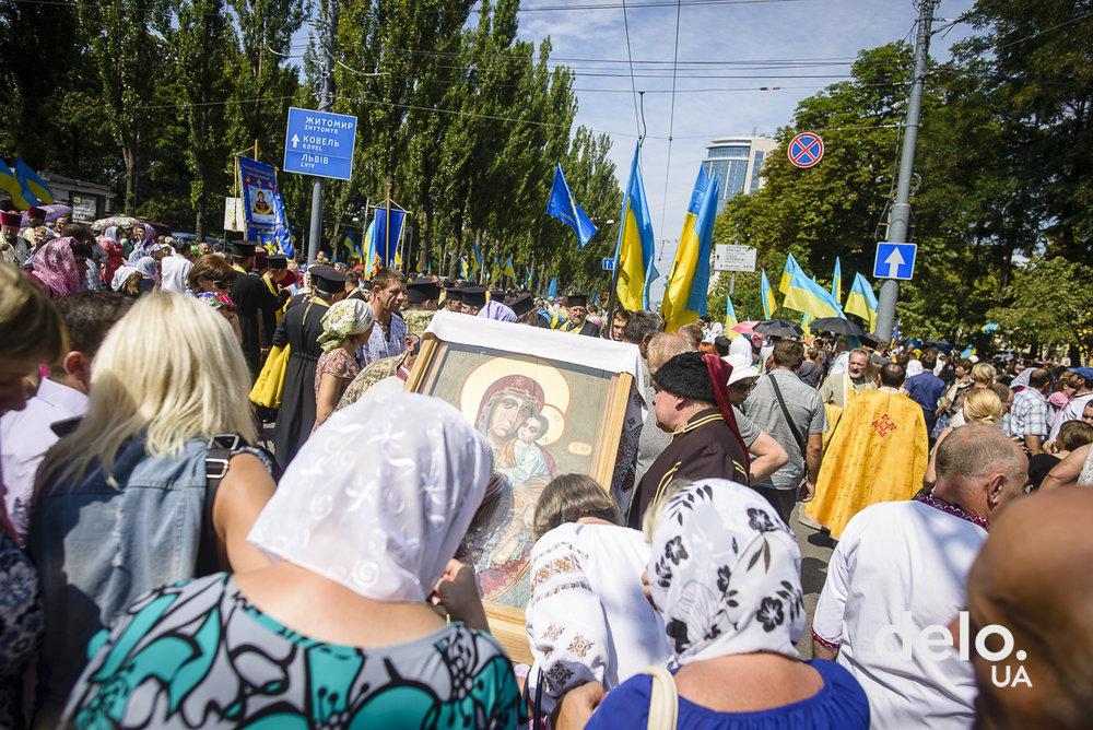 Каждый четвертый сторонник УПЦ МП поддерживает создание поместной церкви — соцопрос