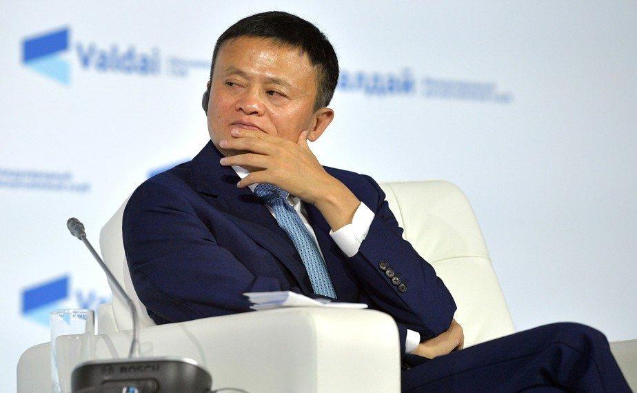 Основатель Alibaba уходит на пенсию