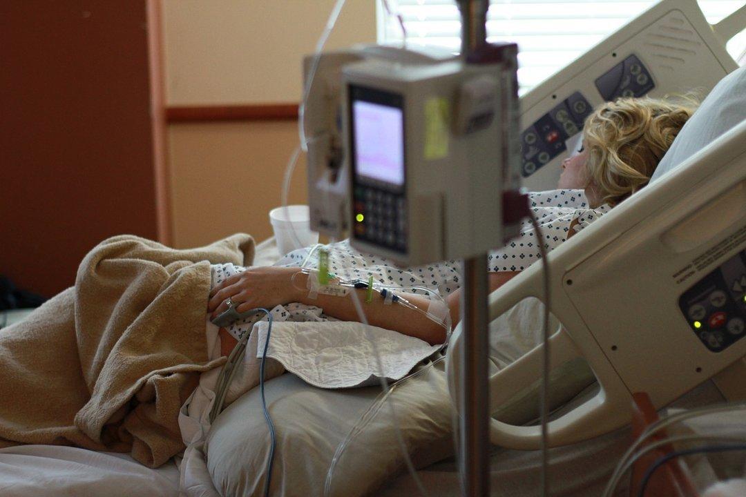 Сколько стоят роды в украинских больницах