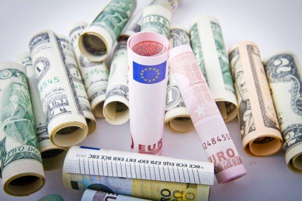 Московские обменники столкнулись с дефицитом валюты