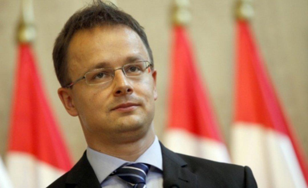 Сийярто заявил, что Венгрия продолжит блокировать комиссию Украина-НАТО