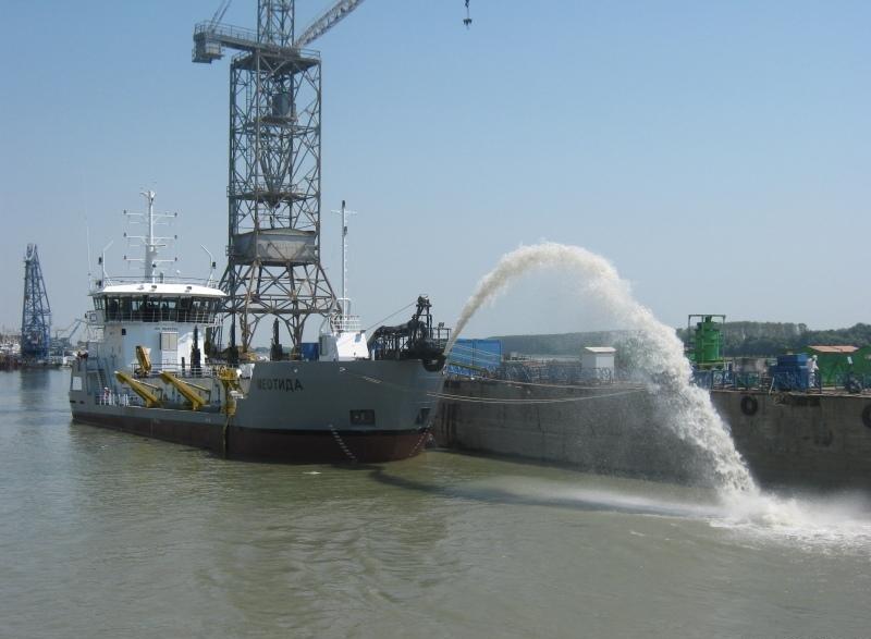 Тендер АМПУ: для дноуглубления в портах закупят землесос почти за 1 млрд грн