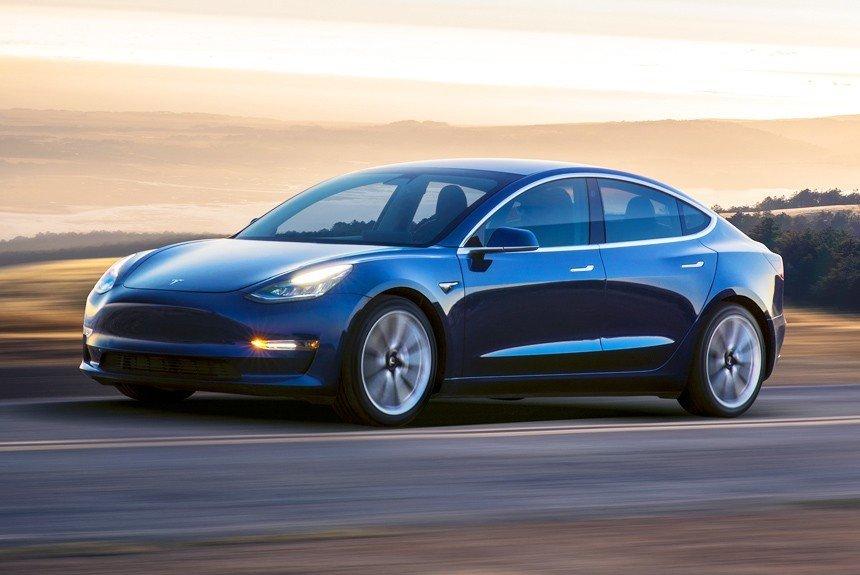 В США ведется расследование против Tesla из-за нового автомобиля — The Wall Street Journal