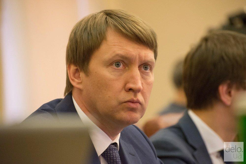Полтора года спустя: парламент удовлетворил заявление об отставке министра АПК Кутового