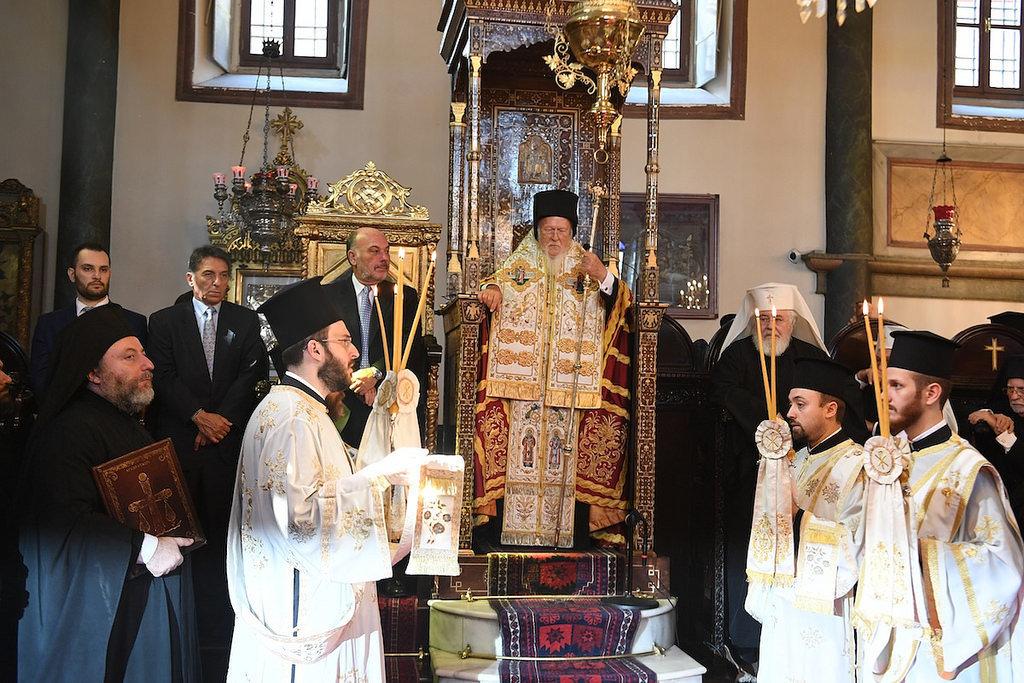 """Синод утвердил """"конституцию"""" поместной церкви в Украине"""