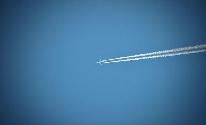 Американский самолет провел внеплановый полет над югом Украины