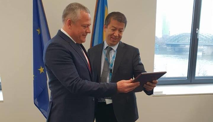 """""""Украэрорух"""" получил сертификат европейского агентства авиационной безопасности EASA"""