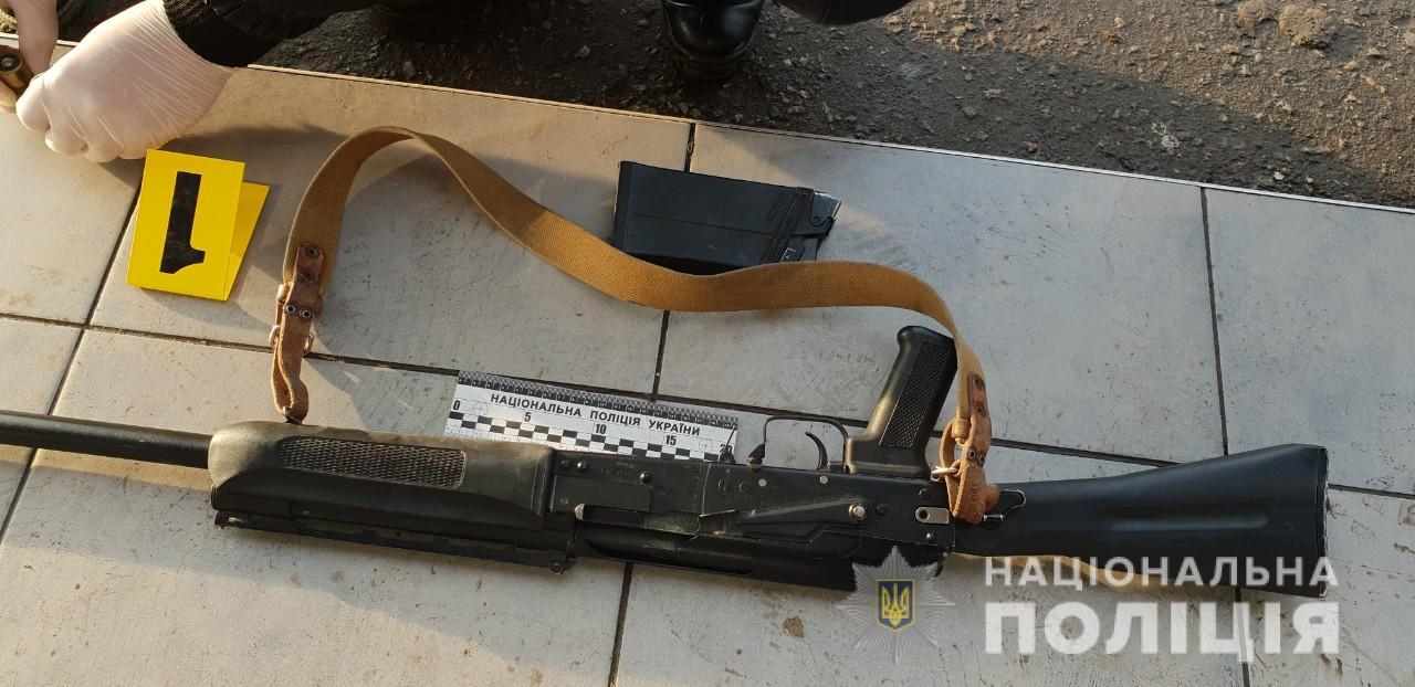 В Николаеве проигравший дело в суде расстрелял двух одесситов