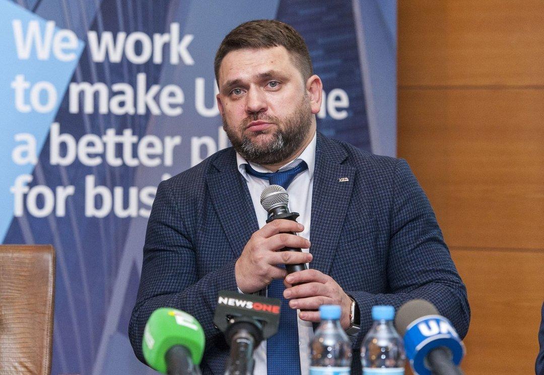 """Местные власти не дали """"Укрзализныце"""" заменить электрички на автобусы"""