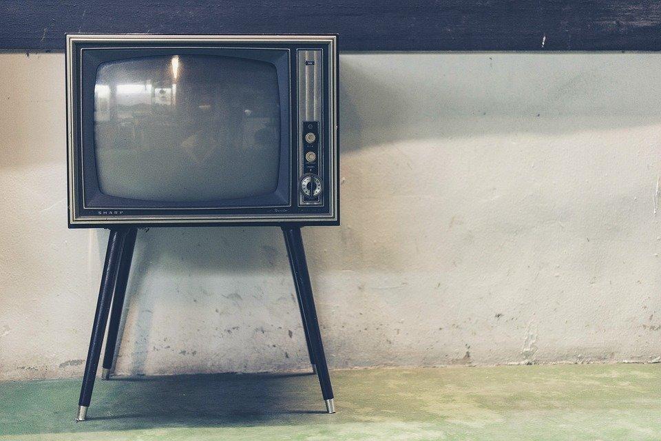 """Самая дорогая политическая реклама на """"Украине"""", """"Интере"""" и СТБ — """"ЧЕСНО"""""""