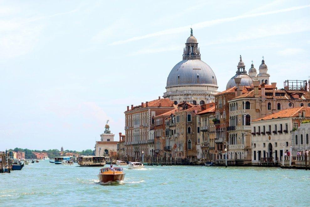 В Венеции вводят налог для туристов, прибывающих на один день