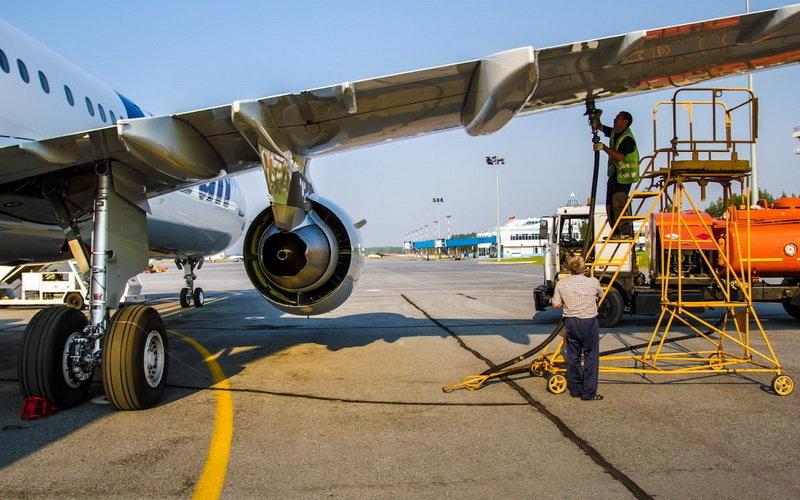 """Какие компании занимаются заправкой самолетов в """"Борисполе"""""""